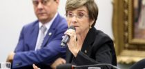 "Ministra do TST critica reforma trabalhista e diz haver ""grandes inverdades"" na proposta"